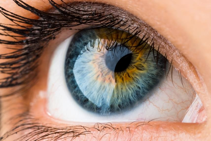 látás a szem sarkán