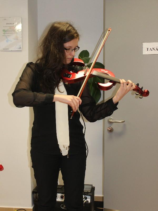 szemész hegedűművész