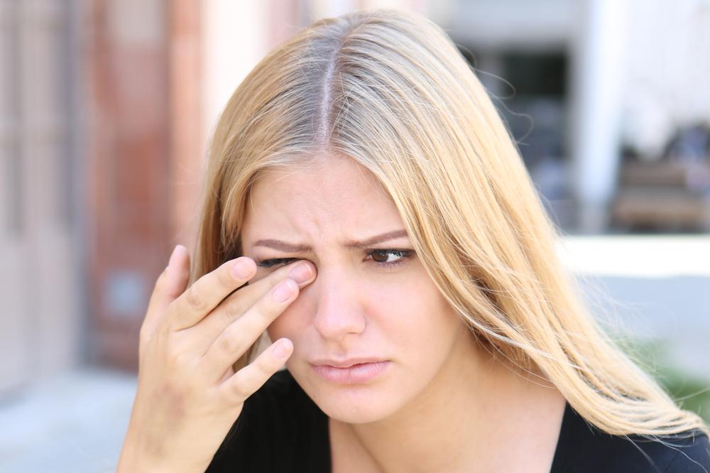 szembetegségek myopia és)