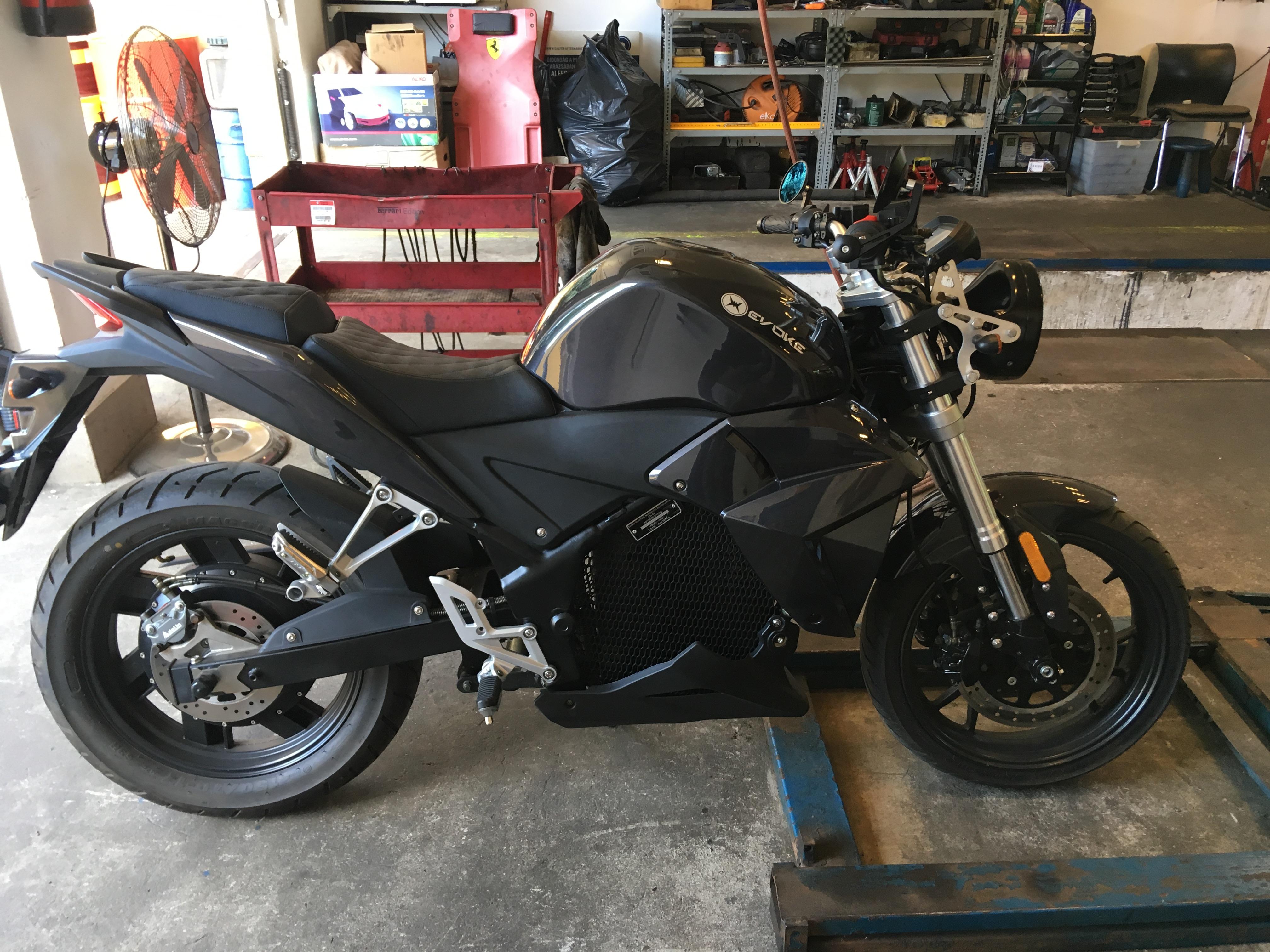 motorkerékpár és rossz látás