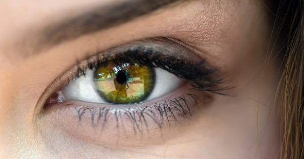 az egyik látó szem látásélessége