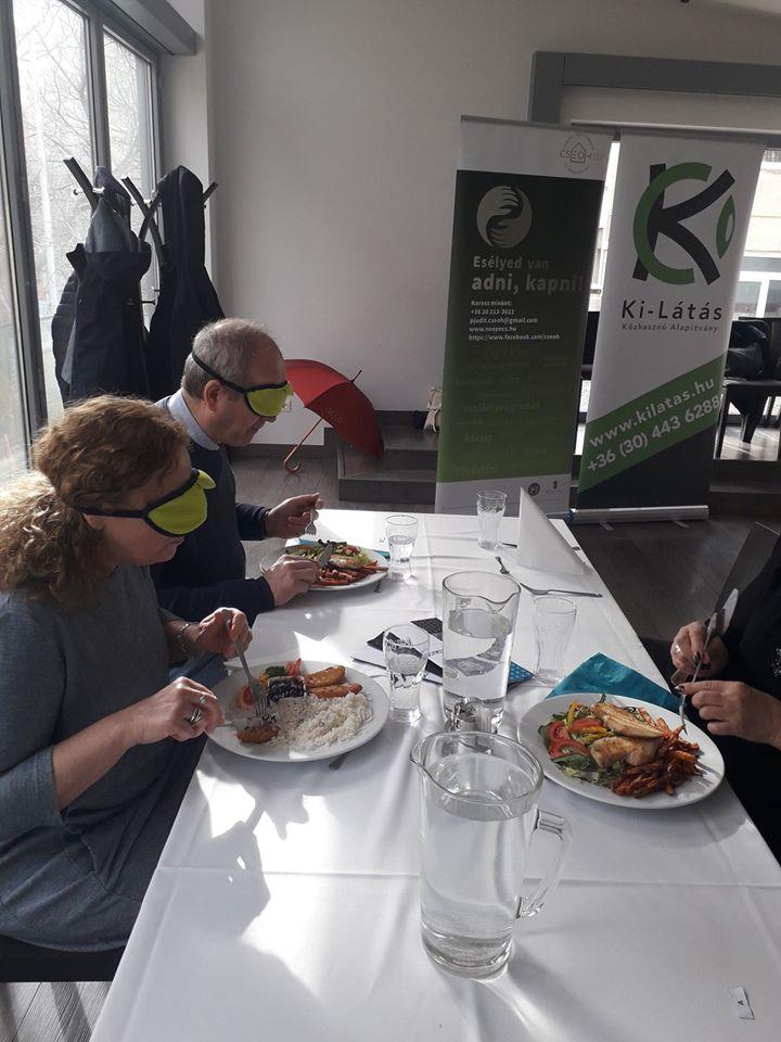 étel a látás segítésére