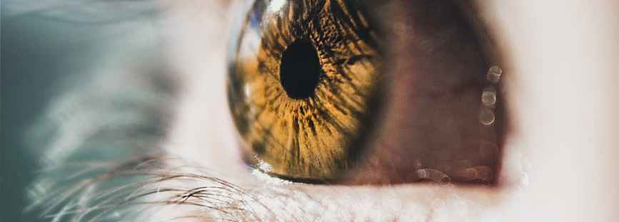 kitágult pupilla rossz látással