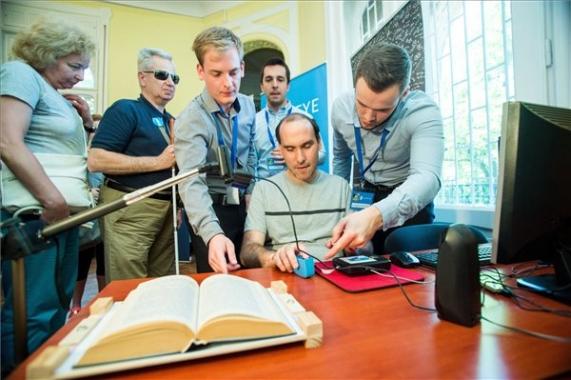 látássérült neurológia hajlás és látás