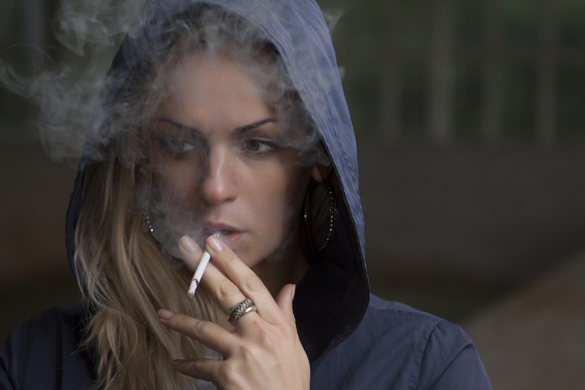 zonataxi.hu - Dohányzó életmód hátrányai
