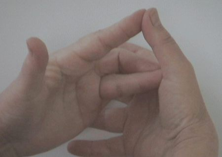 Száraz, kirepedezett kéz? | Új Nő