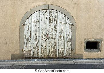 Dsida Jenő: A kapú előtt
