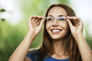 éles látáscsökkenés 45 évesen)