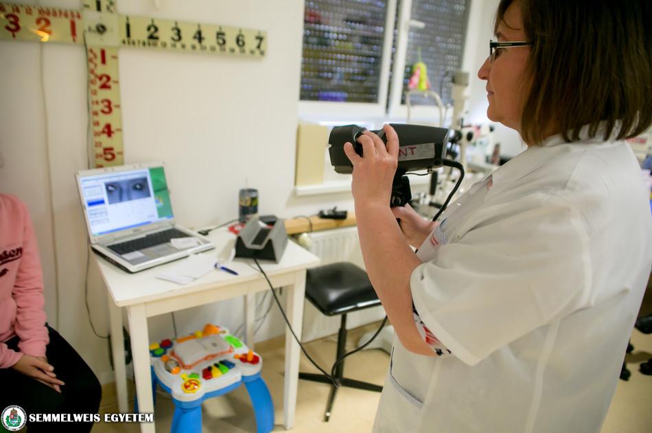 Szemsérült kisfiú: a szemészeti klinika álláspontja