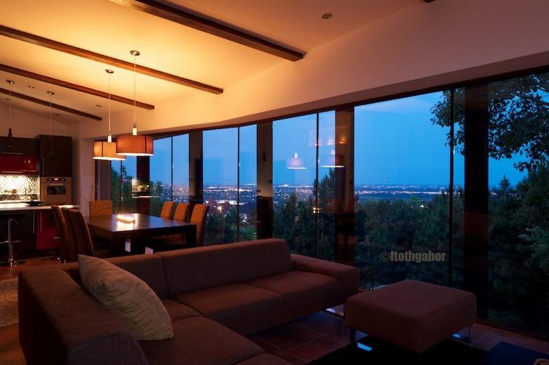Kellemes tetőtéri lakás lenyűgöző kilátással a hegyekre