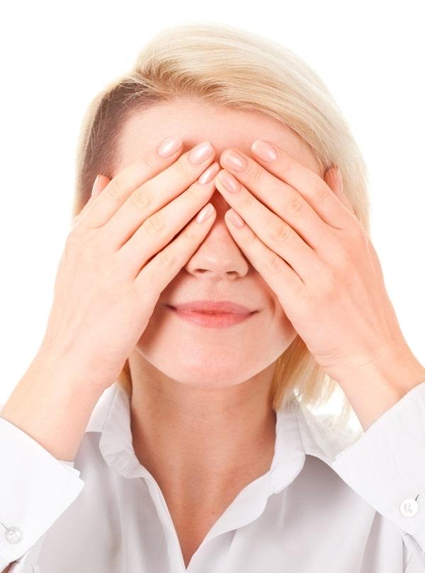 amikor a fej fáj, a látás romlik