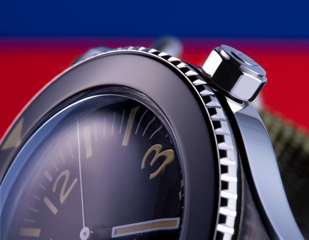 Mi a különbség az óra, nézet, látás, nézet és látogatás között?