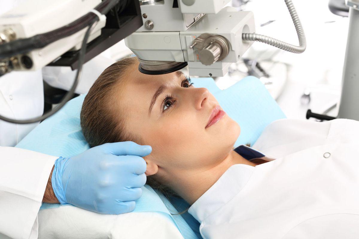 szürkehályog műtét utáni látási problémák