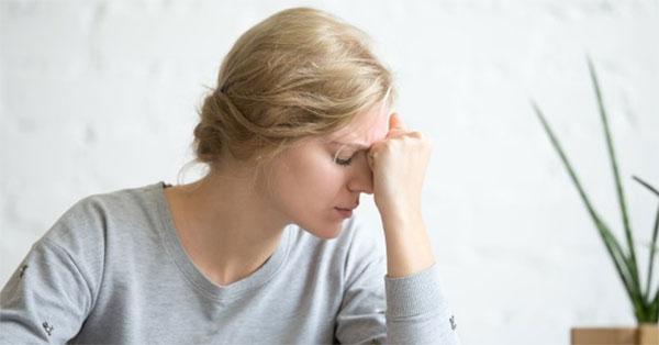 a fejfájás befolyásolja a látást