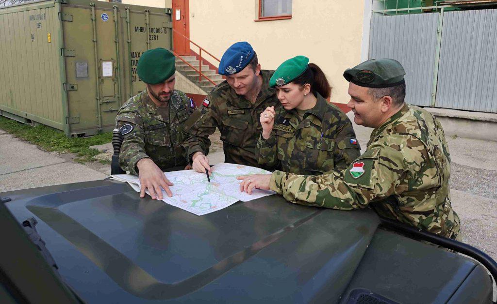 a modern katonai szemészet feladatai)