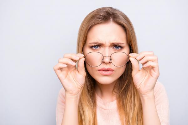 a hiperopiát a vitaminok okozhatják látásvesztés retinopathia után