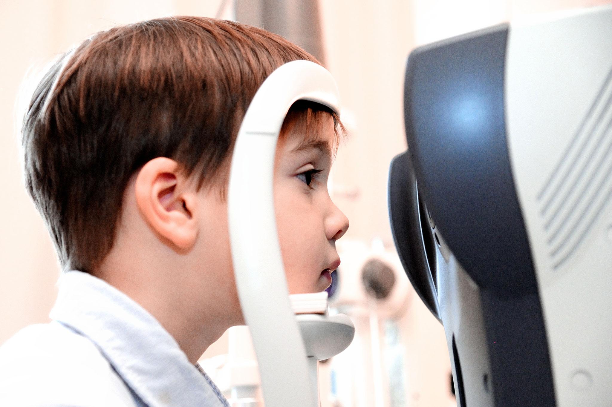 szemész folyami állomás