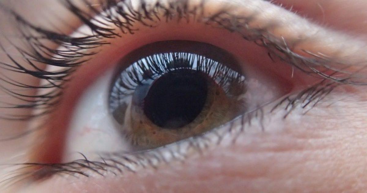 a látás jó és a szemek fájnak a prolaktin befolyásolja a látást