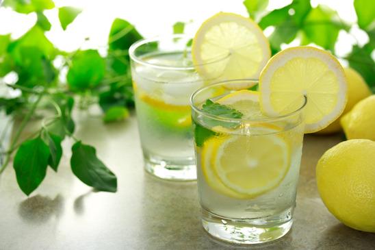 citrom vízzel a látáshoz)