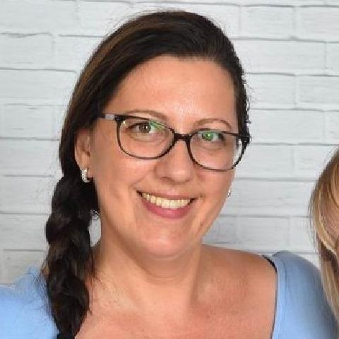 45 éves nők látása)