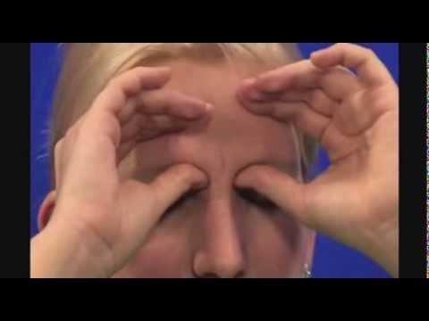 a tenyerezés segít helyreállítani a látást)