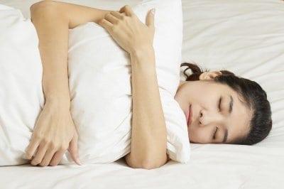 álmatlanság látása)