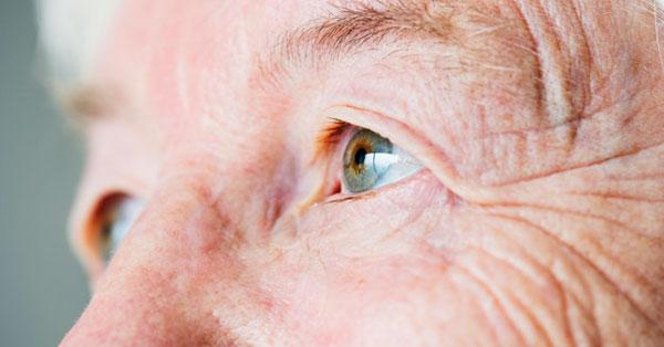 Makuláris retina szakadás - Rövidlátás September