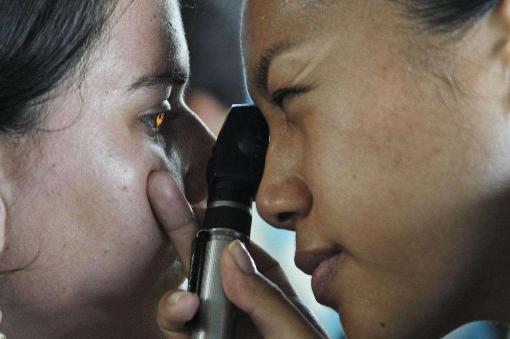 hogyan lehet helyreállítani magát a látást