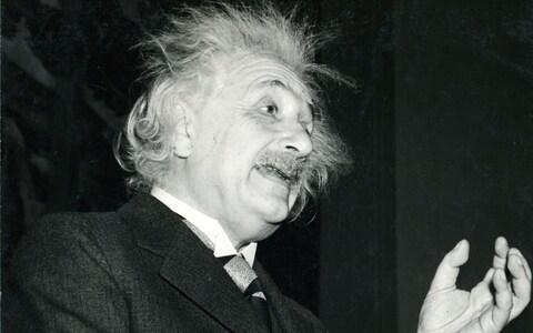 Einstein feladványa – meg tudja oldani?