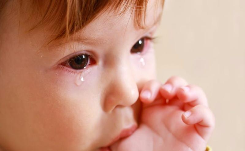 A kötőhártya-gyulladás károsítja-e a látást?)