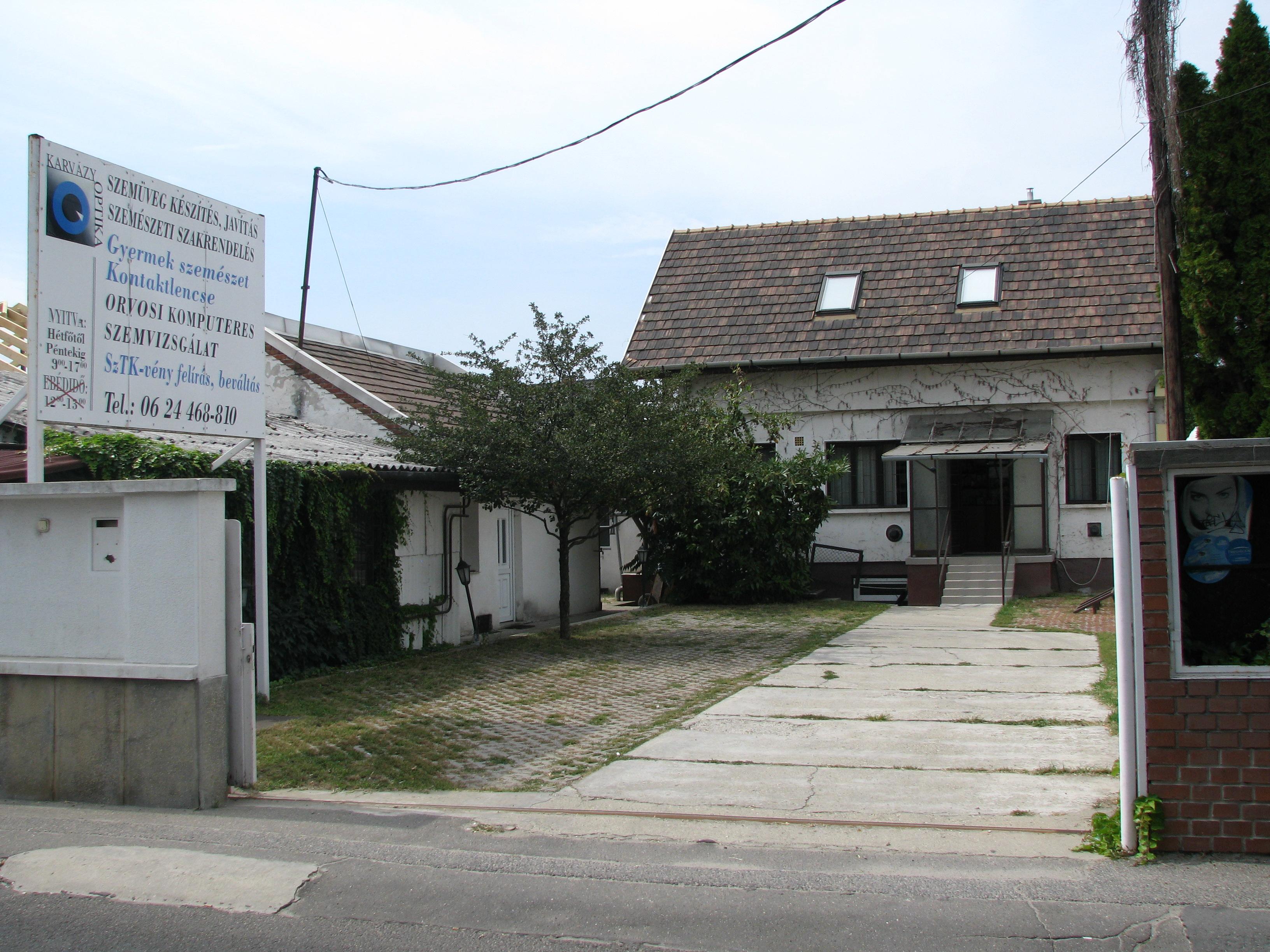 szemvizsgálati ház