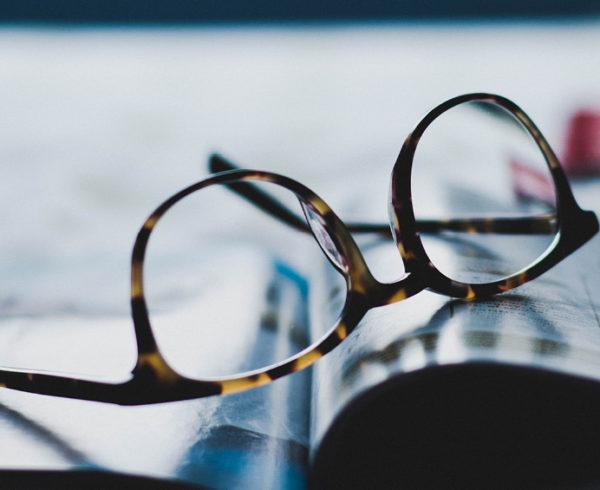 javítani a látószemüveget)