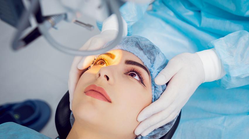 szemműtét után a látás csökkent)