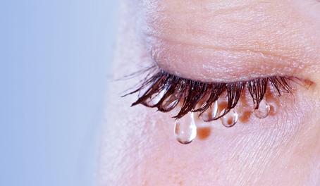 Mi okozza a száraz szem betegséget? | Rózsakert Medical Center