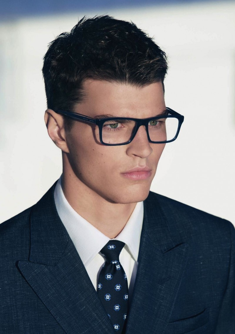 férfi szemüvegek)