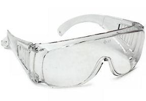 szemüveg állandóan látásélességet visel)