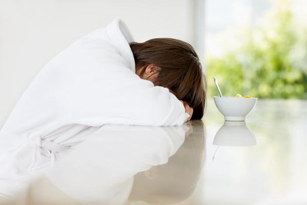 A szemem az alváshiány miatt fáj - Rövidlátás September