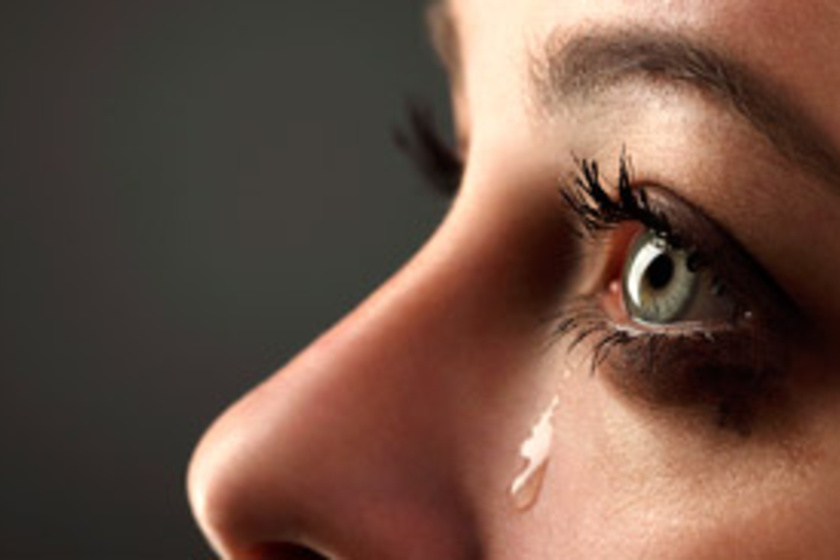 hogyan lehet gyorsan eltávolítani a szem fáradtságát)