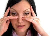 testedzés hiperópiában szenvedők számára erotikus látásvizsgálat