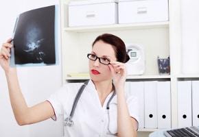 Látászavar, zsibbadás? Ezt lehet tenni az aurás migrénnel