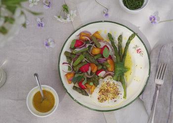 5 látásjavító zöldség, gyümölcs és hal