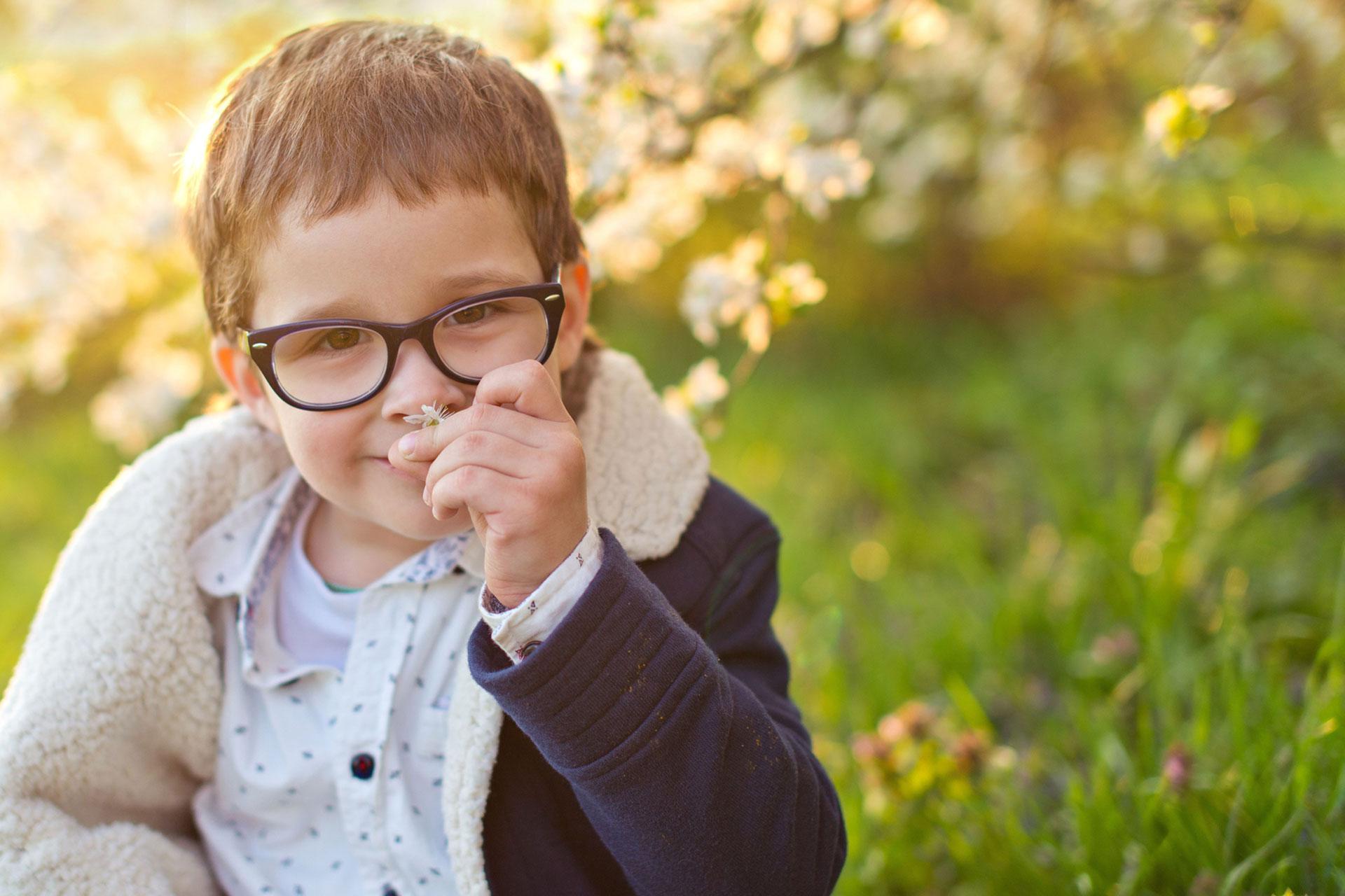Szülők figyelmébe ajánljuk: amit a gyerekek látásáról és szemüvegéről tudni kell