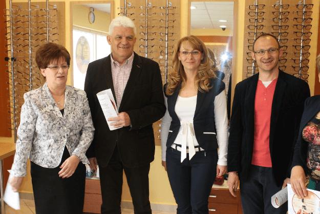 Hogyan zajlik egy látásvizsgálat?